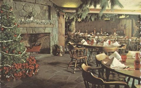 Nashville Christmas at the Log Cabin